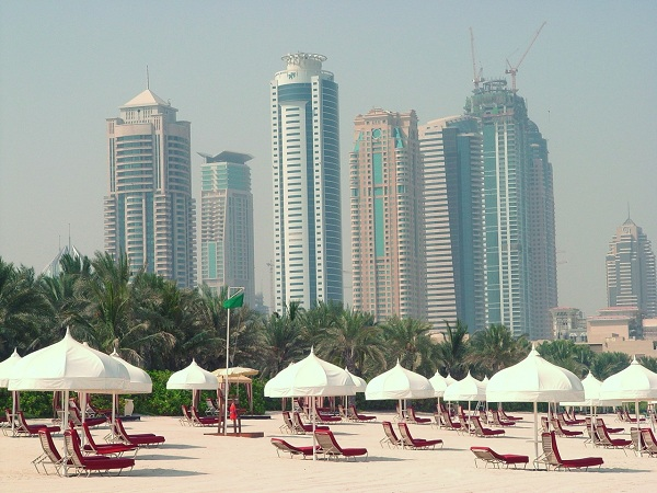 Dubai_beach_600x